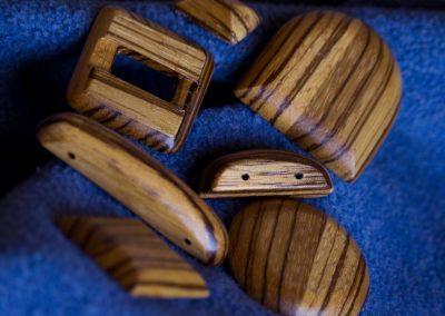 Accessorio legno scuro